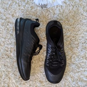 Nike Air Max Axis MN's Black Running Shoes Size 11